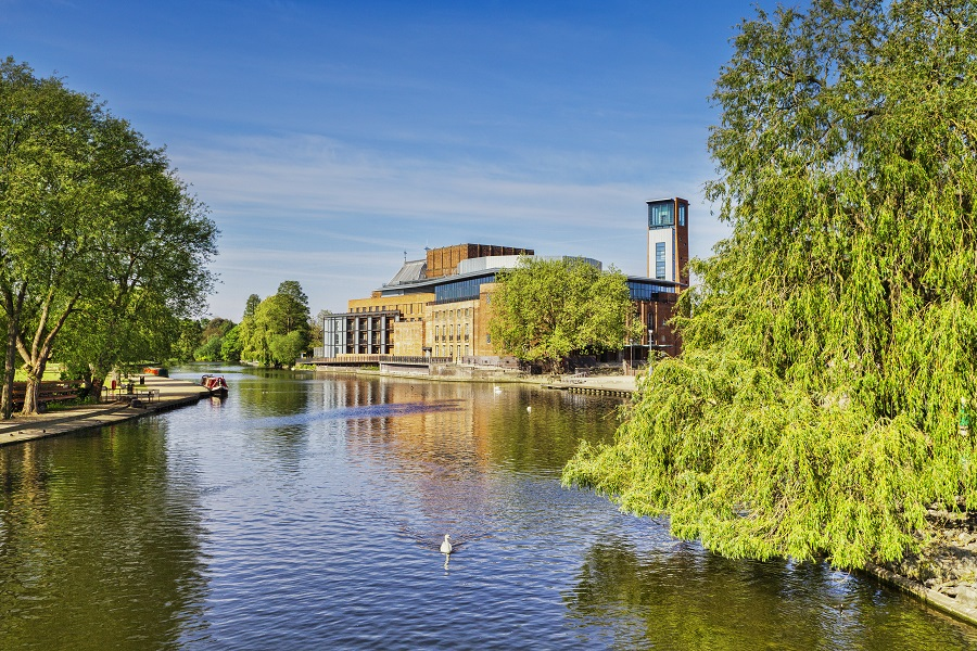 The Royal Shakespeare Theatre sits on the banks of the River Avon and is one of Stratford-upon-Avon's main attractions.