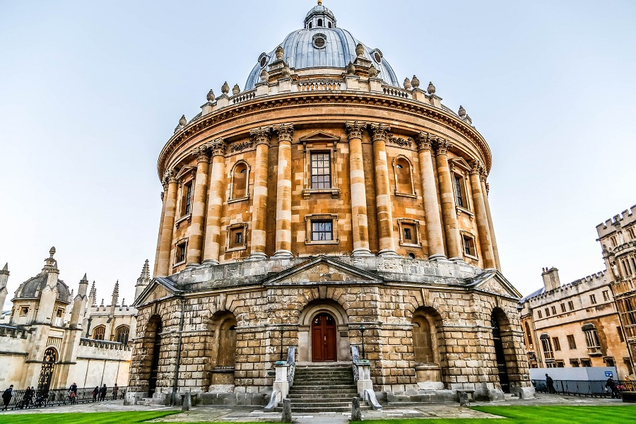 Taking a train to Oxford gives you the chance to see amazing architecture like the Radcliffe Camera, a beautiful round building in the city centre.